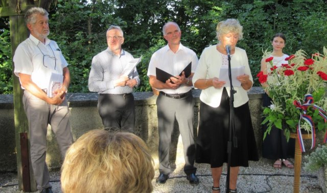 bralci-domovinskih-pesmi-Daca-Milan-Stane-in-Joc