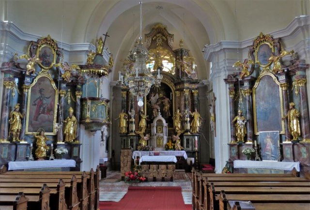 farna cerkev-oltarji Kovor