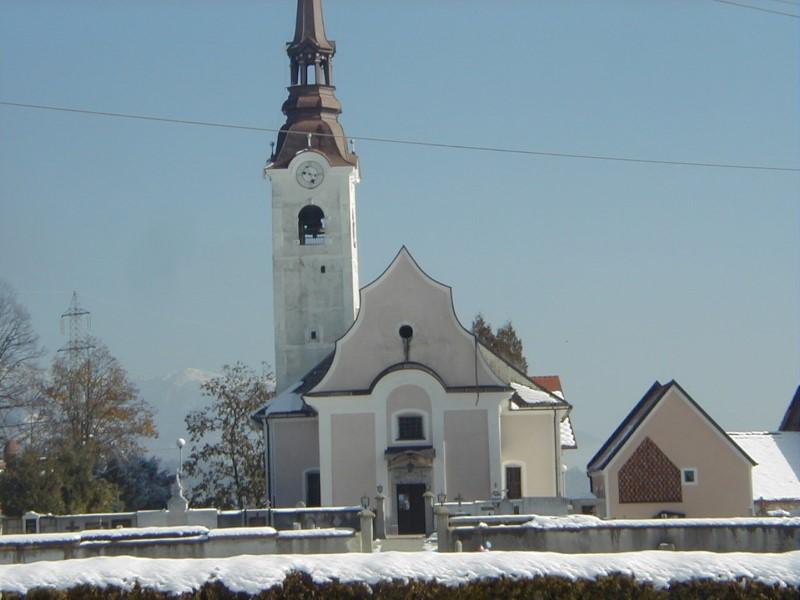 Farna cerkev v Podbrezjah