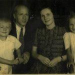 MM s soprogom, hčerko in sinom leta 1947
