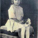 Mimi Malenšek kot 4 letna deklica