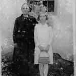 Mimi Malenšek pri birmi z babico Frančiško Golba, leta 1929