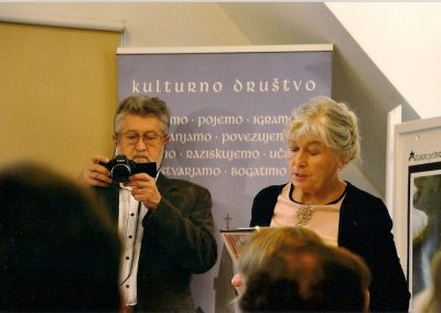 Daca in Joc Perne